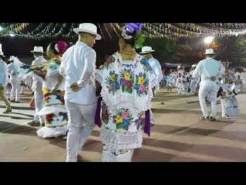 Modern Jarana Dancers